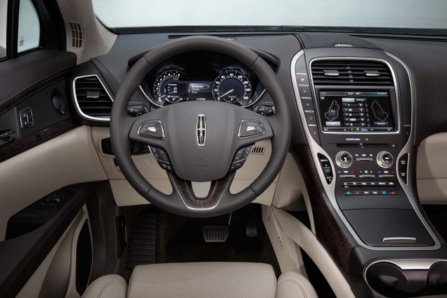 2016 Lincoln MKX - interior, dashboard