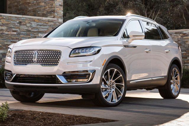 2019 Lincoln Nautilus - front, white