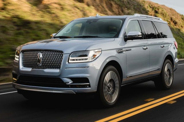 2018 Lincoln Navigator vs Ford Expedition: Sibling differences | Between the Axles