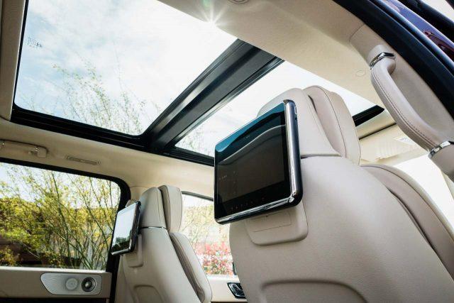 2018 Lincoln Navigator Vs Ford Expedition Sibling