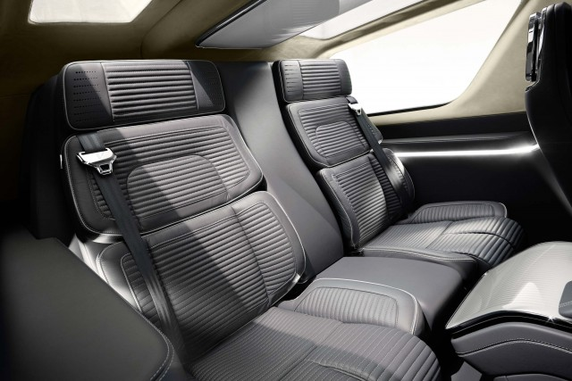 Lincoln Navigator Concept third row