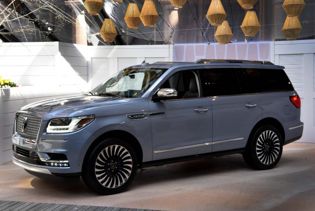 2018 lincoln navigator interior. simple interior 2018 lincoln navigator  front on lincoln navigator interior