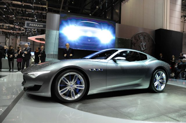 Maserati Alfieri Concept - front, on stage