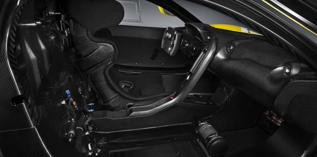 McLaren P1 GTR - interior