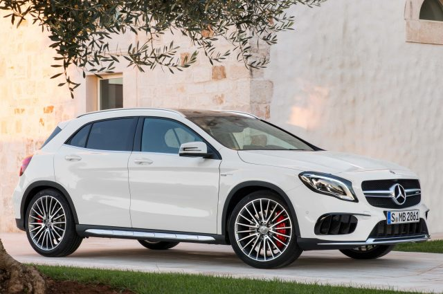 2017 X156 Mercedes-AMG GLA45 4Matic facelift - front, white