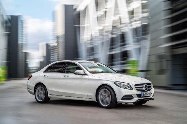 W205 Mercedes-Benz C-Class sedan - front