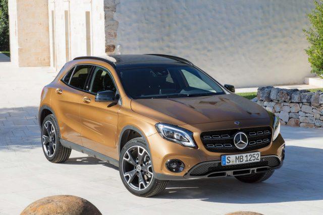 2017 Mercedes-Benz GLA220d 4Matic facelift - front, gold, orange, bronze