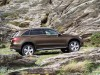 X253 Mercedes-Benz GLC220d 4Matic - side, rocks