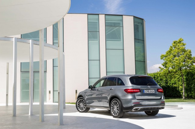 X253 Mercedes-Benz GLC350e 4Matic Edition 1 - rear, static, outdoors