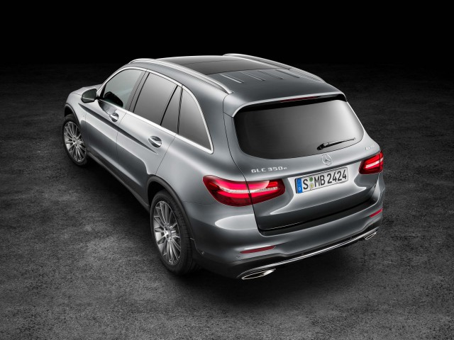 X253 Mercedes-Benz GLC350e 4Matic Edition 1 - front, rear, elevated, studio