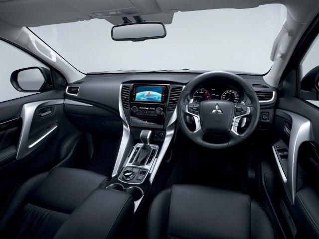 Mitsubishi Pajero Sport (third generation) - interior