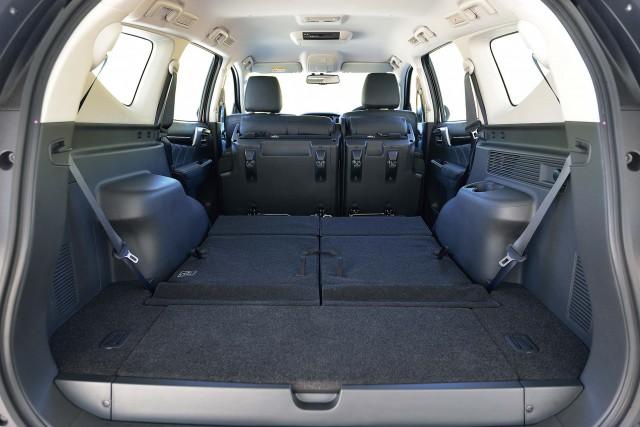 Mitsubishi Pajero Sport (third generation) - seats folded