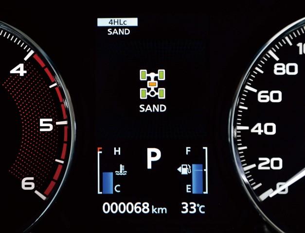 Mitsubishi Pajero Sport (third generation) - instrument cluster