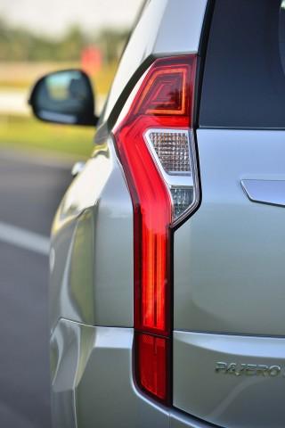 Mitsubishi Pajero Sport taillight