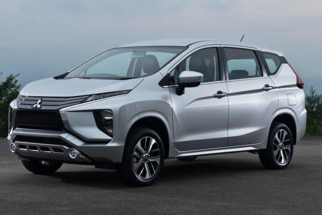 2017 Mitsubishi Xpander - front, silver