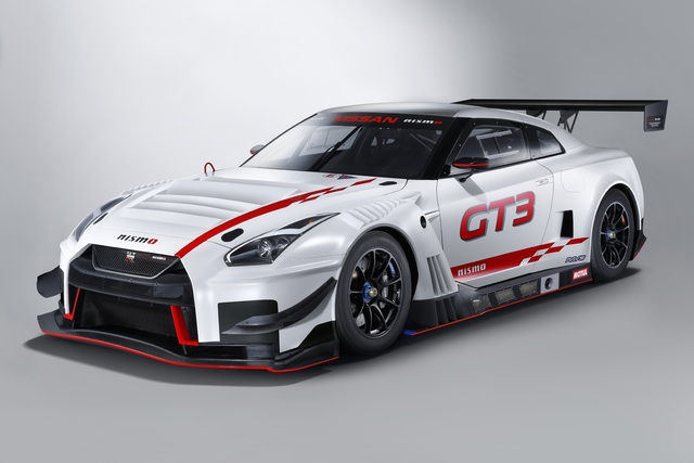 2018 Nissan GT-R GT3 - front