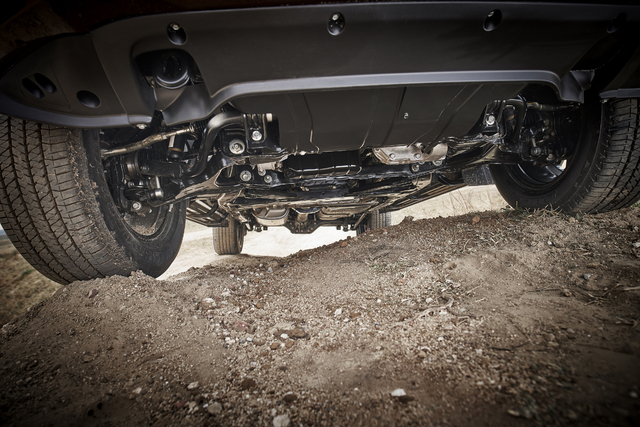 2018 Nissan Terra - front suspension