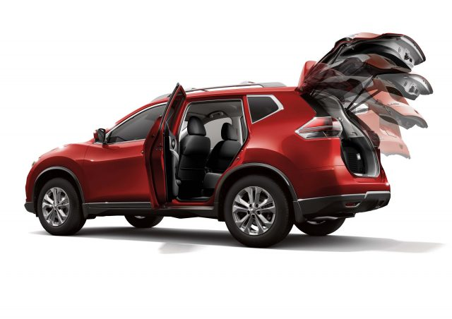 2014 Nissan X-Trail - tailgate opening
