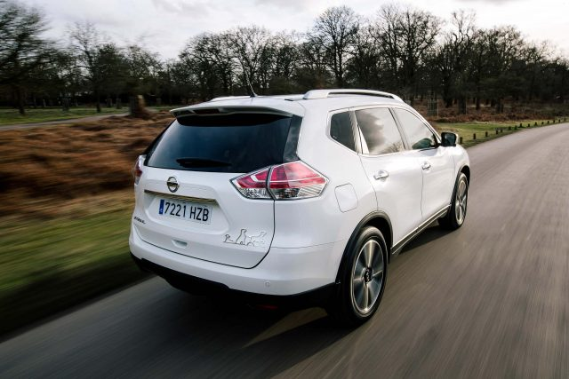 2017 Nissan X-Trail 4Dogs concept - rear