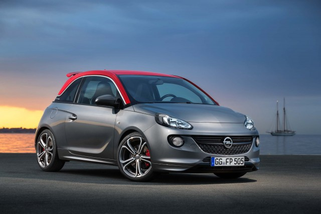 Opel Adam S - front
