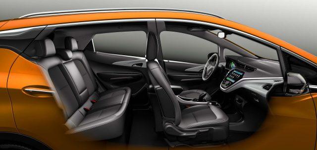 Opel Ampera-e - front and rear seats, cutaway