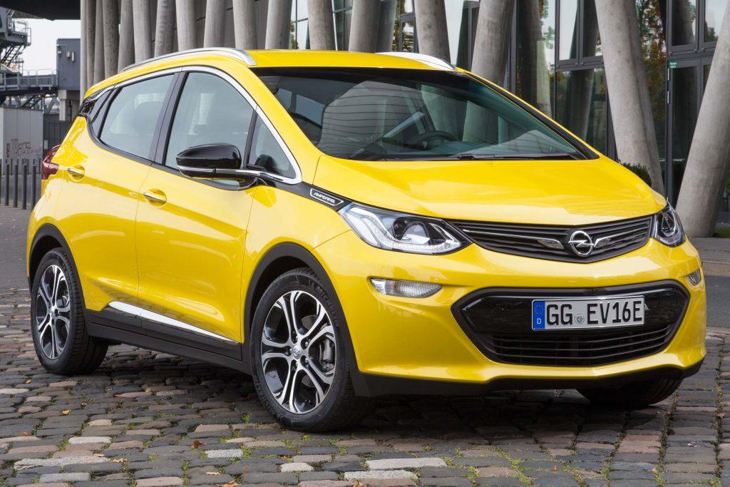 Opel Ampera-e - front, yellow