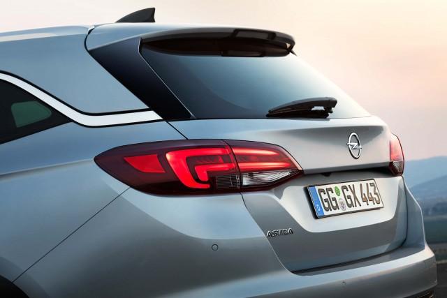Opel Astra Sports Tourer K - rear quarter, window line