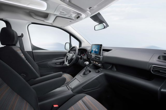 2018 Opel Combo Life - interior, dashboard, fornt seats