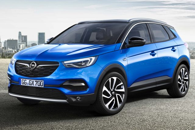 2017 Opel Grandland X - front, blue