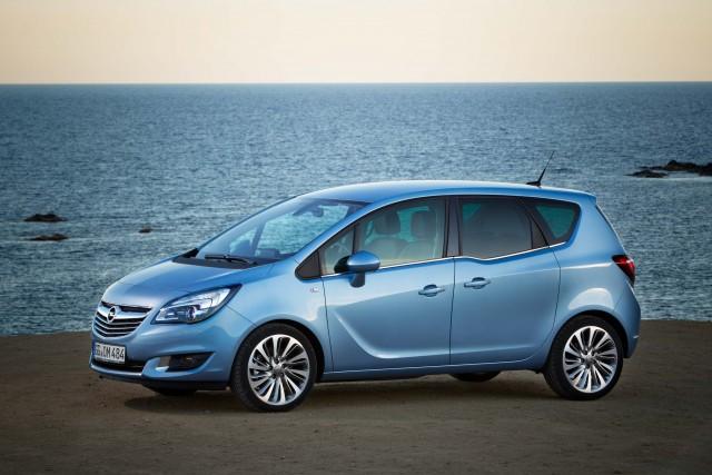 Opel Meriva B - front profile