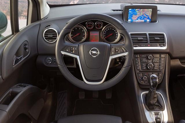 Opel Meriva B - interior