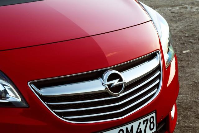 Opel Meriva B -grille