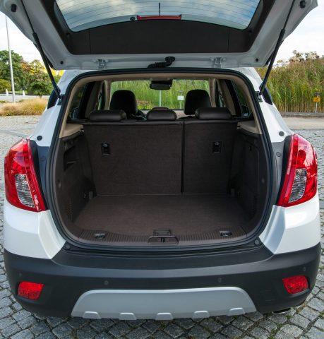 2012 Opel Mokka - trunk, seats up