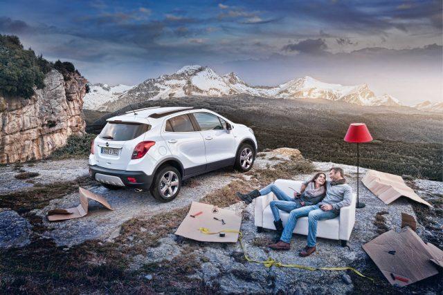 2012 Opel Mokka - snow