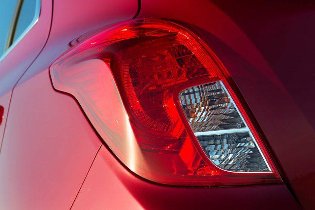 2012 Opel Mokka - taillamps