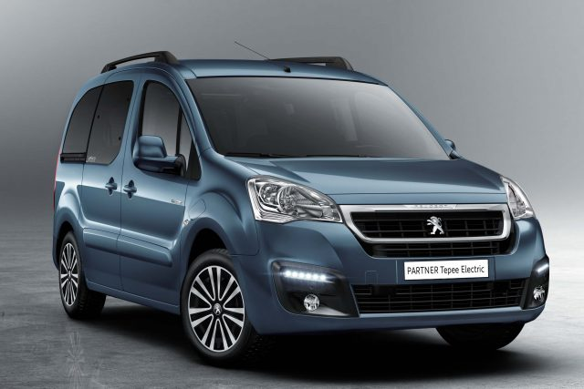 2017 Peugeot Partner Tepee Electric - fornt