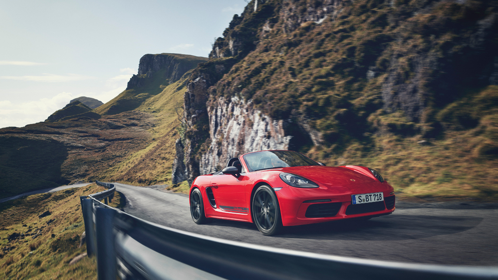 2019 Porsche 718 Boxster Cayman T Stripped Out For More Pure Driving