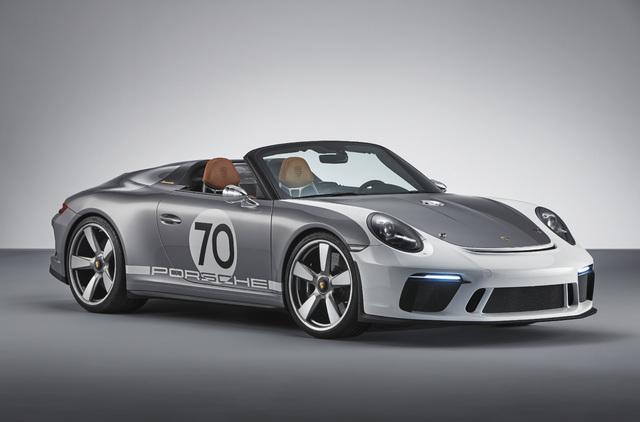 2018 Porsche 911 Speedster Concept - front