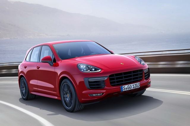 Second generation Porsche Cayenne GTS - front, on the road