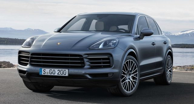 2017 Porsche Cayenne S - front
