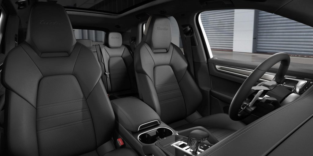 2017 Porsche Cayenne Turbo - front seats