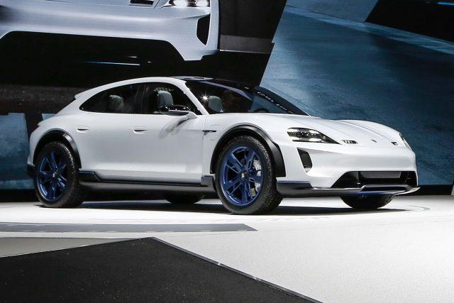 2018 Porsche Mission E Cross Turismo Concept - front, white, on stage Geneva 2018