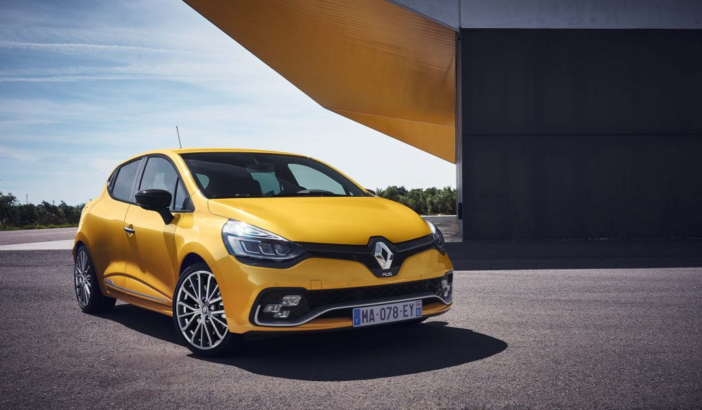 Renault Clio RS (IV facelift) - front, yellow