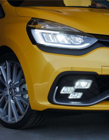 Renault Clio RS (IV facelift) - RS Vision chequered lights