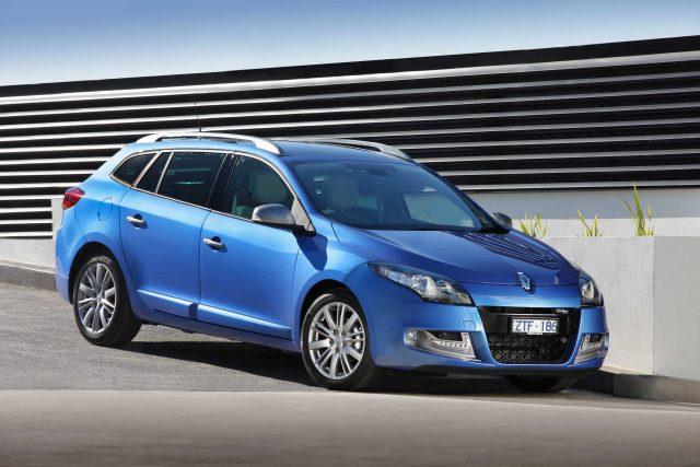 Renault Megane wagon - front, blue