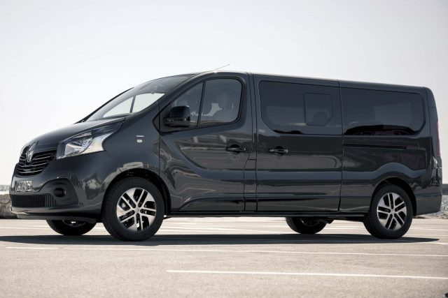 Renault Trafic Spaceclass 2017 X82 Third Generation