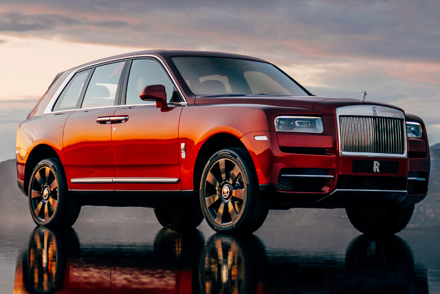Rolls-Royce Cullinan - front, red