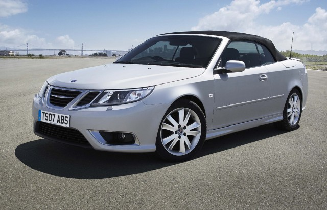 Saab 9-3 convertible - roof up