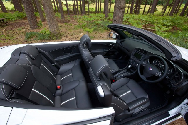 Saab 9-3 convertible - interior