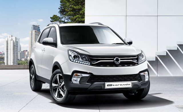2017 SsangYong Korando facelift - front, white
